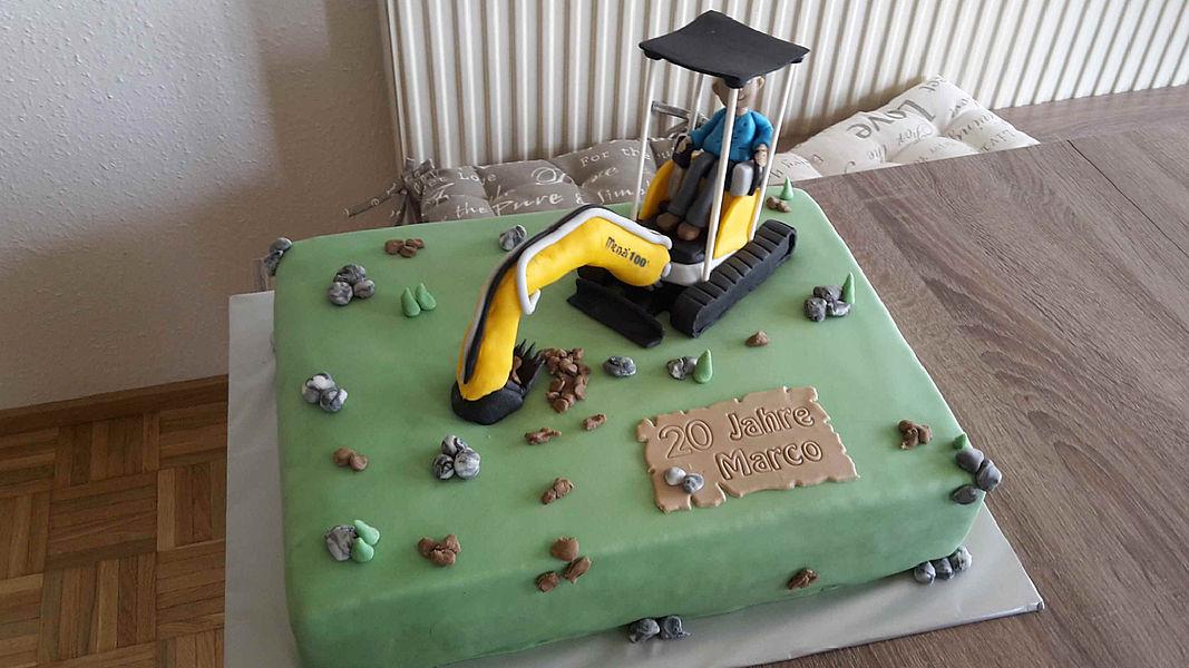 inşaat doğum günü pastası