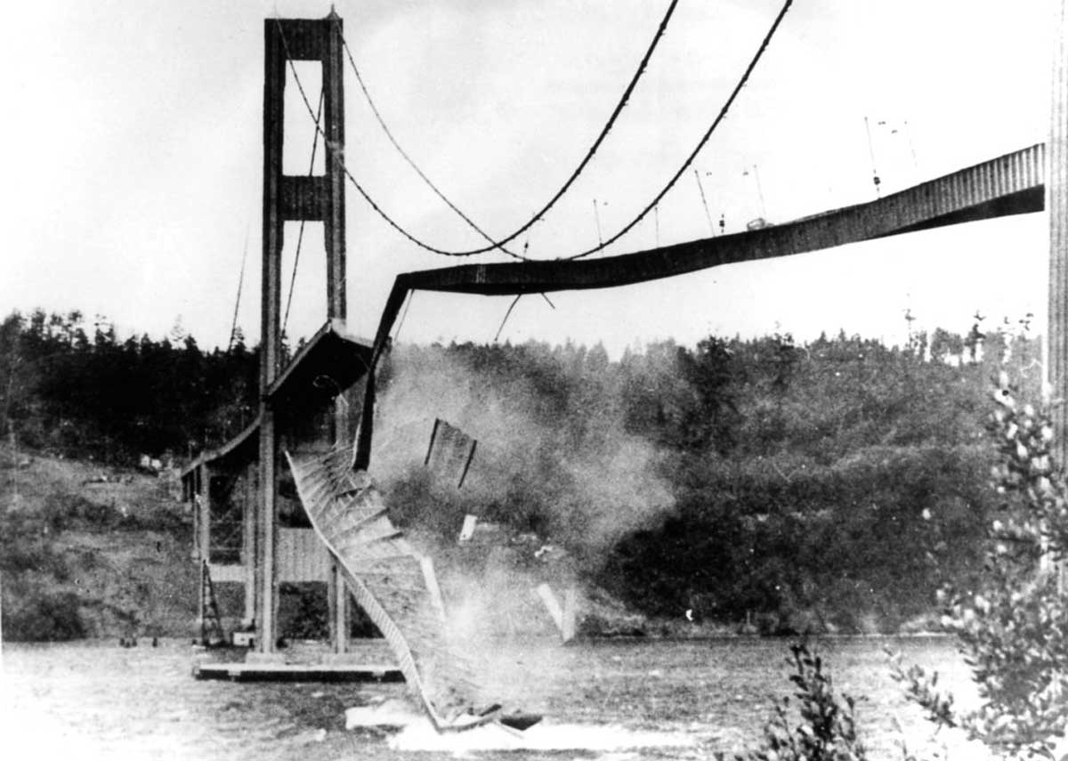 Narrows-Bridge-Collapse