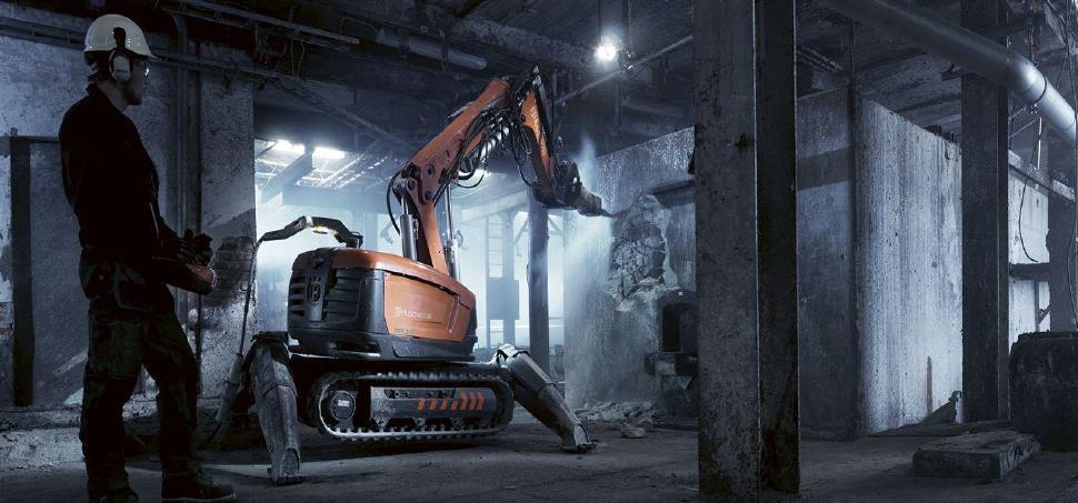 uzaktan-bina-yıkım-makinası
