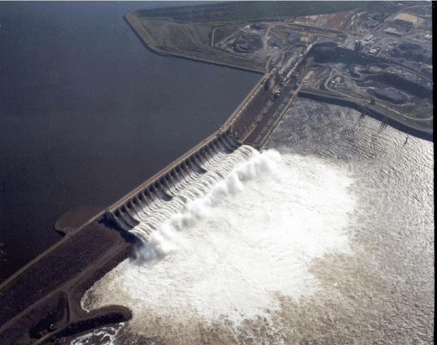 Tucurui-Dam2