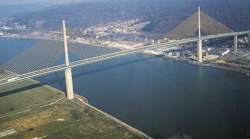 Brotonne Köprüsü