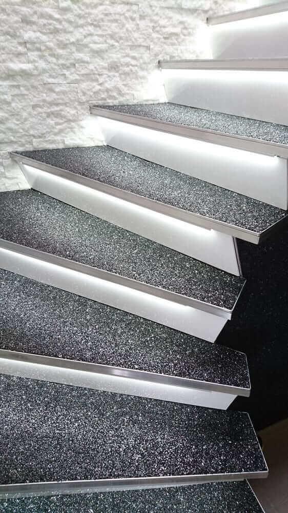 parlak-granit-merdiven