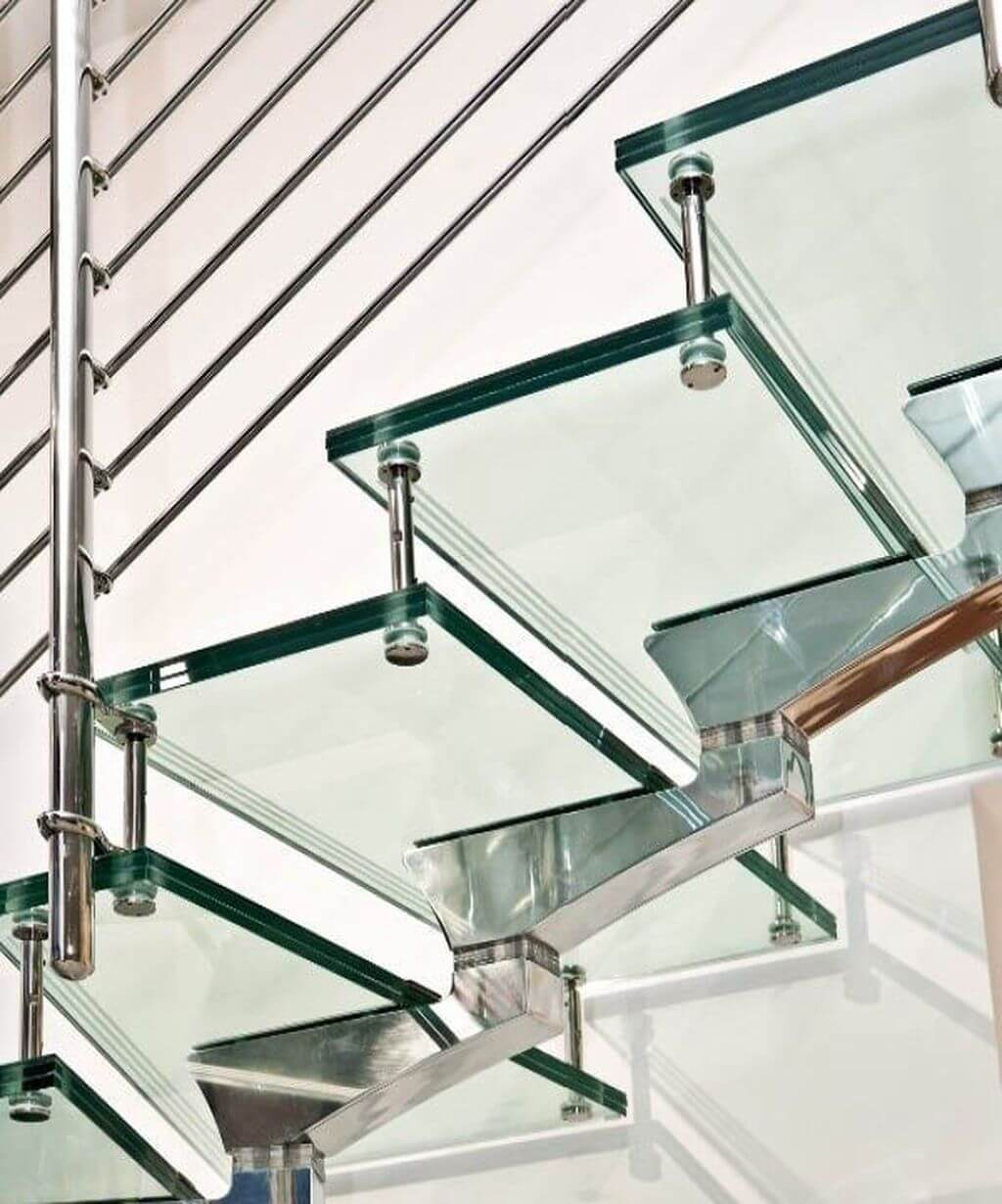 cam-basamaklı-merdiven (2)