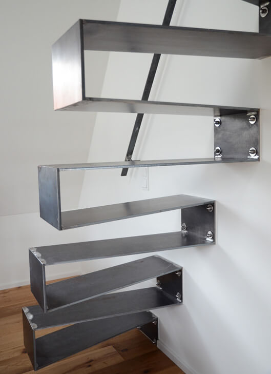 demir-merdiven-modelleri