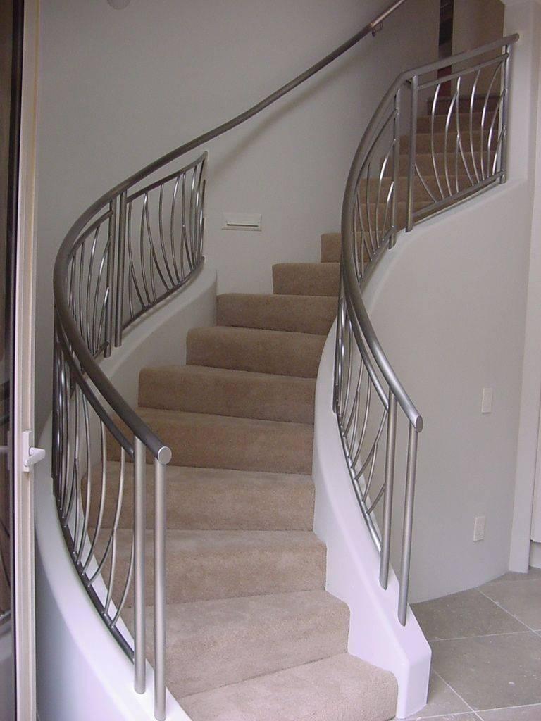 dubleks merdiven korkuluk