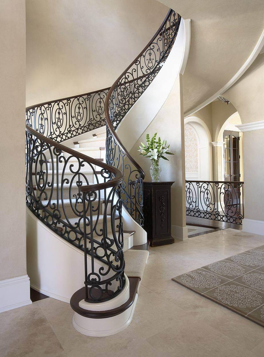 ev-dönen-merdiven-ve-ferforje-korkuluk-modeli