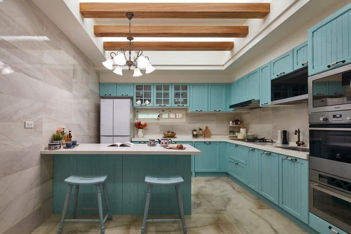 açık-renk-mutfak-dolabi-modeli-l-tipi