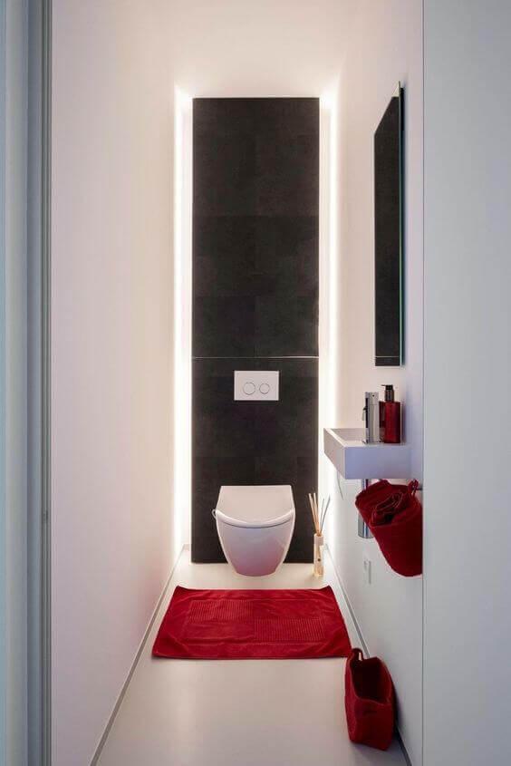 dar-küçük-tuvalet-modeli-siyah-beyaz