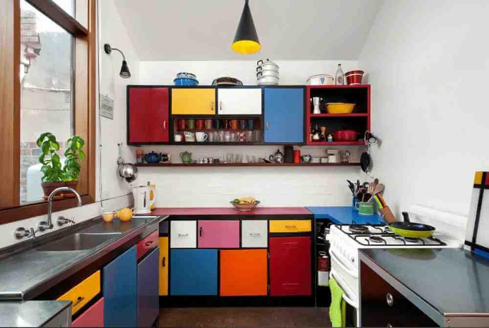 renkli-mutfak-dolabi-modeli