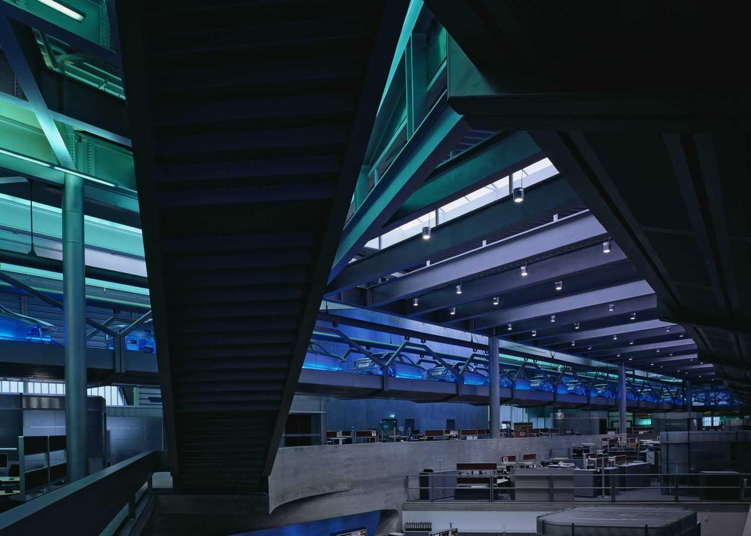 BMW Merkez Binası - Zaha Hadid-2