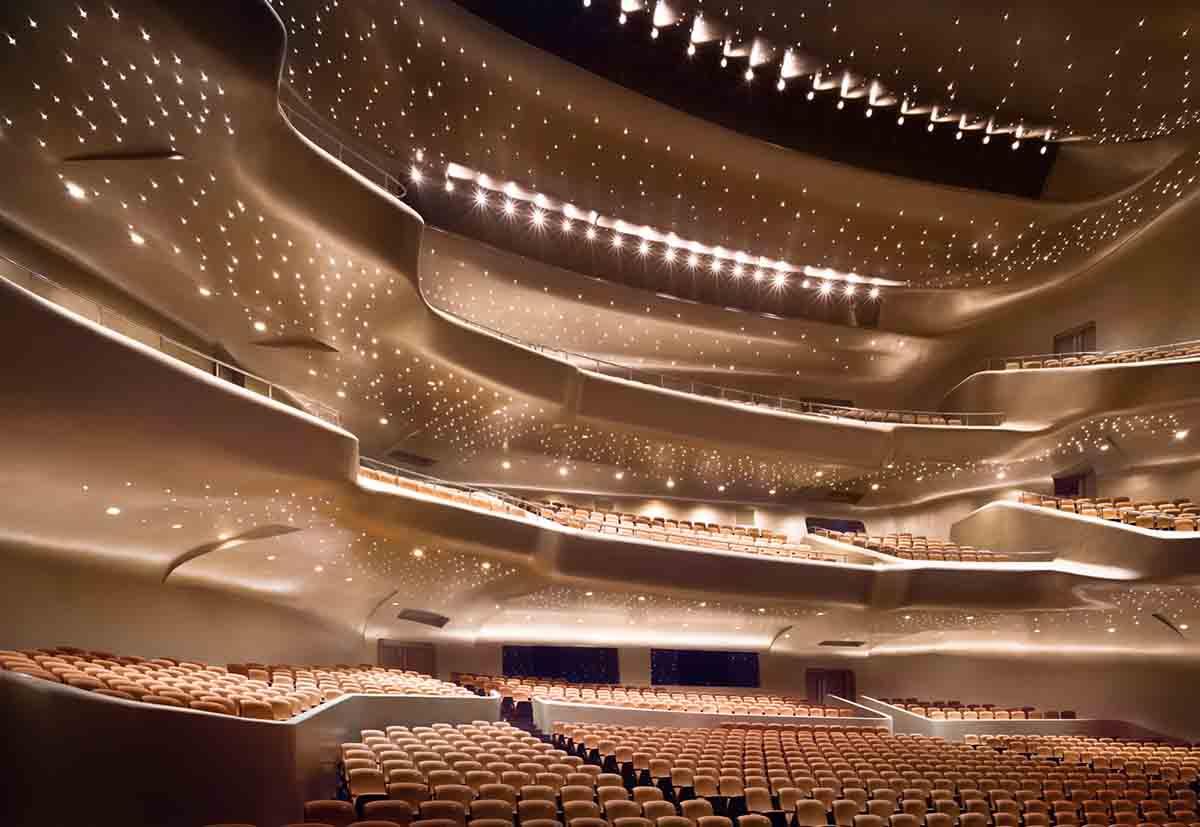Guangzhou Opera Evi- Zaha Hadid-2