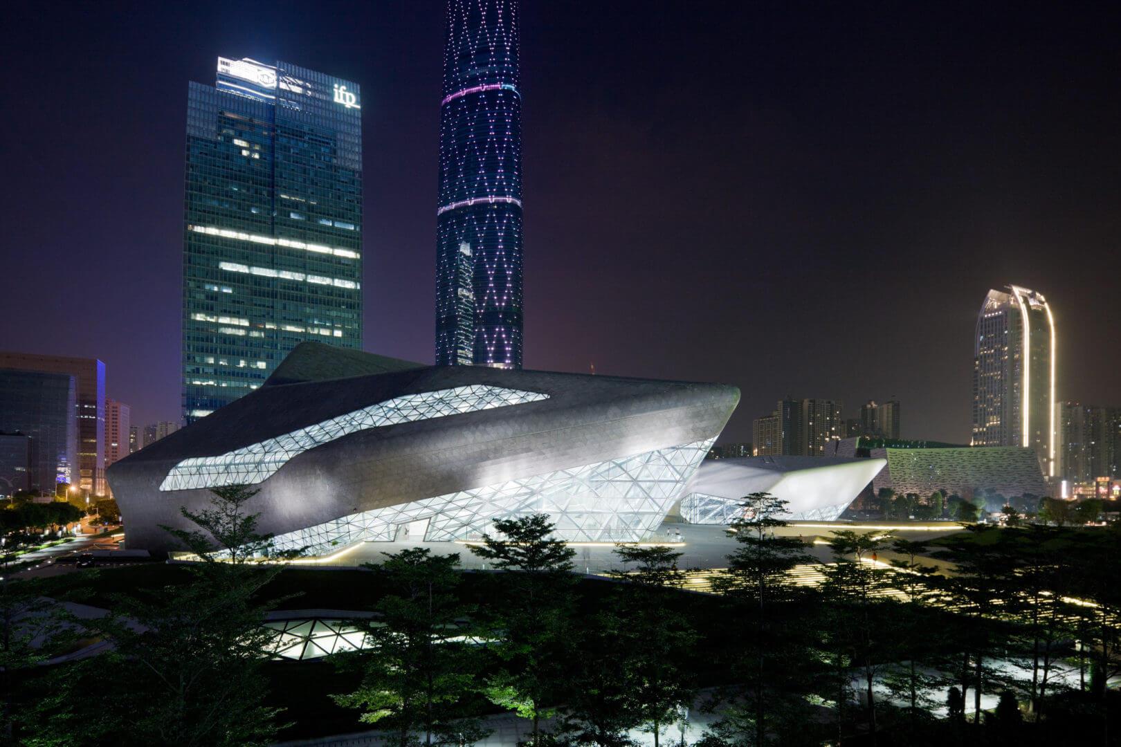 Guangzhou Opera Evi- Zaha Hadid